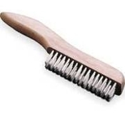 S.S. SML WIRE BRUSH PLASTIC HNDL