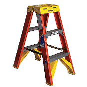 2' FIBER GLASS STEP LADDER